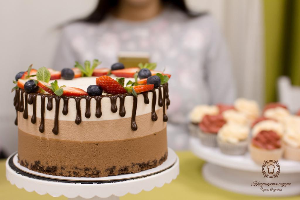 торт три шоколада, ирина огурченок, торт, рецепт торта, кондитерские курсы, кондитерское обучение, обучение на кондитера, кондитер